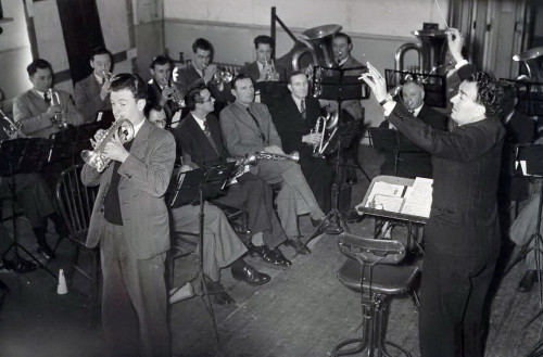 Willie rehearsing 1950